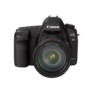 Canon EOS-5D Mark II Kit inklusive EF-S 24-105 mm f/4.0L IS USM